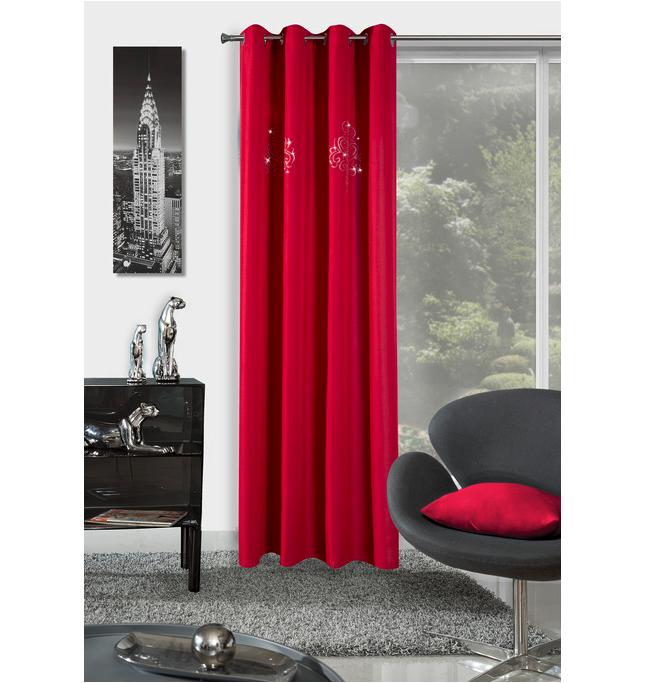 cervene-zavesy