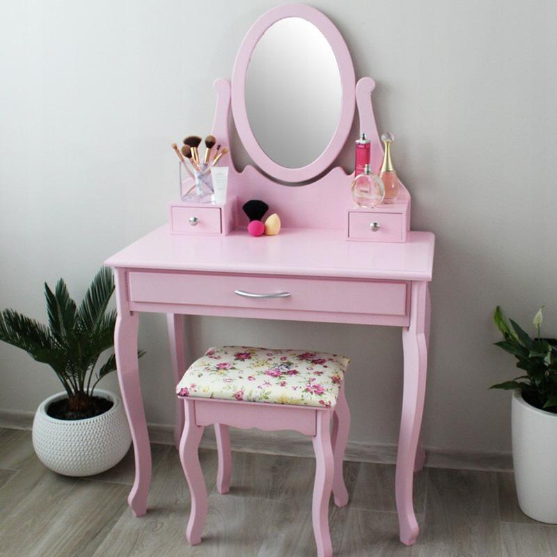 Moderní toaletní stolek v růžové barvě s velkou zásuvkou