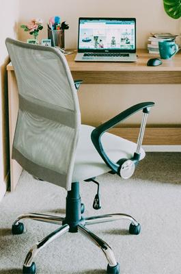 kvalitní kancelářské křeslo